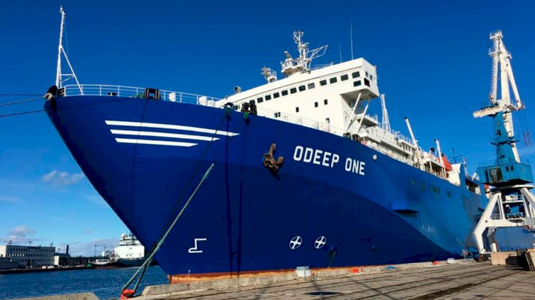 VSAT connectivity for green shipping company