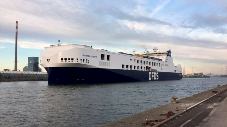 DFDS inaugurated its new and largest ro-ro ship