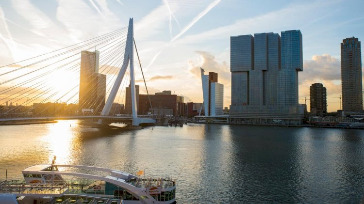 Port of Rotterdam checks sulphur emissions from shipping