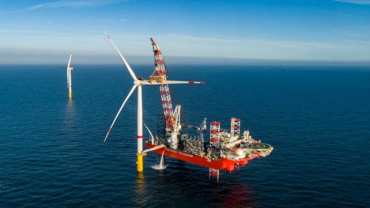 Germany's biggest wind farm connected to the grid