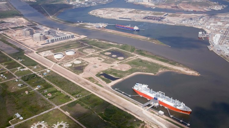 Freeport LNG achieves start of commercial operations for second liquefaction train