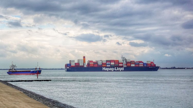 Hapag-Lloyd launches remote reefer supply chain monitoring tool
