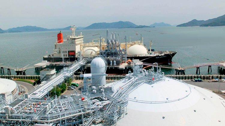 Three Japanese companies ink LNG transportation deal