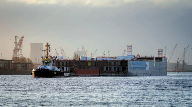 AIDAcosma's construction module is on its way to the MEYER WERFT shipyard