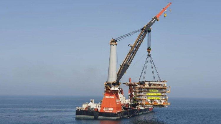 Heerema's Aegir completes installation for Qatargas